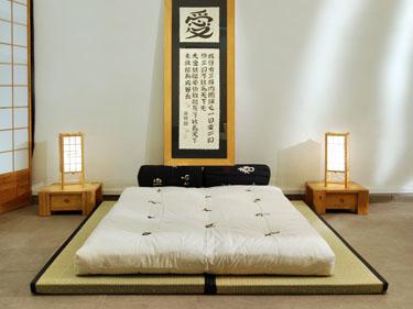 Dos tatamis combinados con un Futón